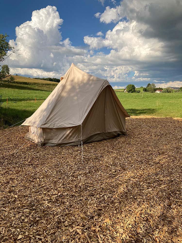 Dormir sous tente à Lentigny